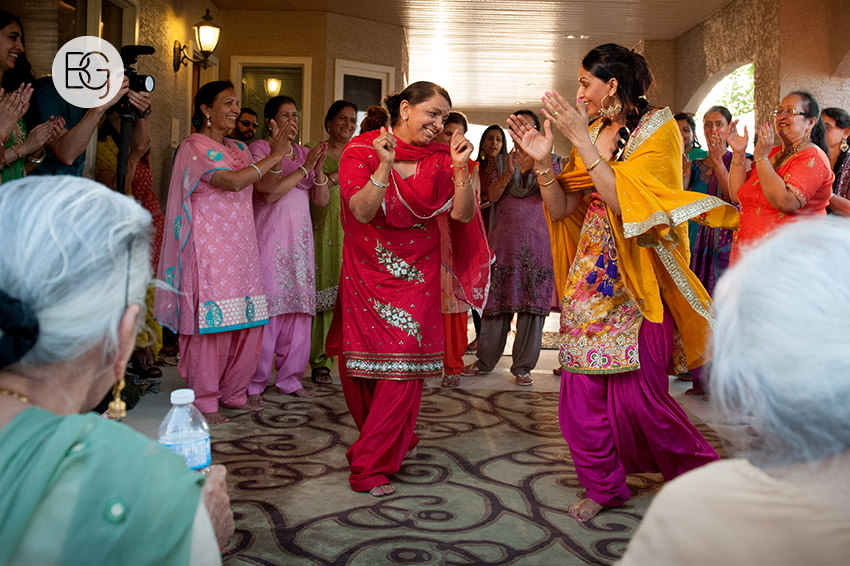 Edmonton_Calgary_sikh_east_indian_wedding_photographers_jessiejaspreet_03.jpg