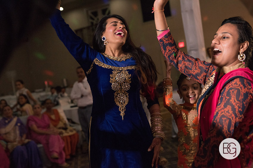 Edmonton_Calgary_sikh_east_indian_wedding_photographers_jessiejaspreet_23.jpg