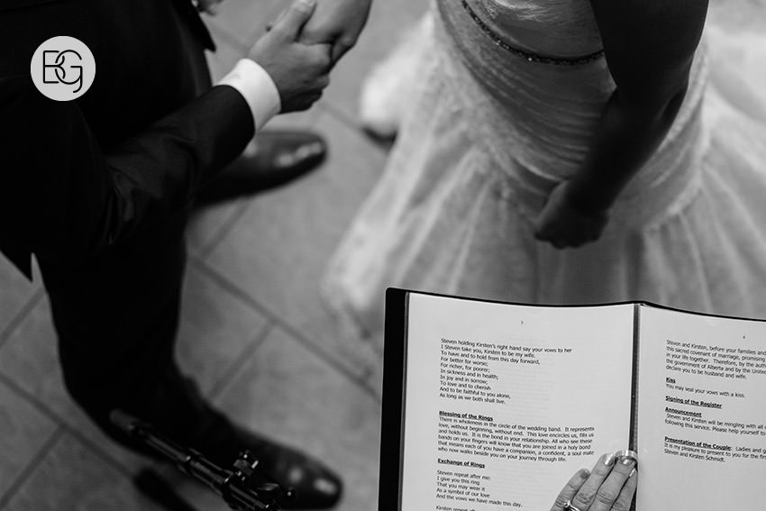 edmonton_wedding_photographers_kirstensteven_16.jpg