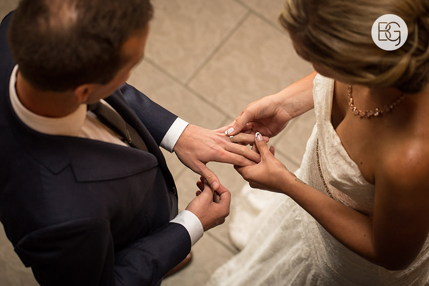 edmonton_wedding_photographers_kirstensteven_17.jpg
