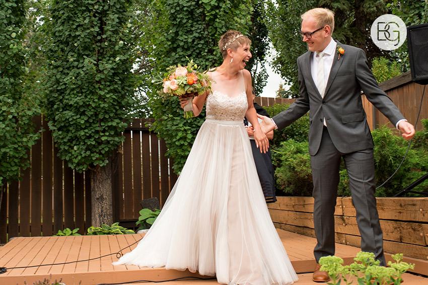 Edmonton_wedding_photographers_KelceyDavid_intimate_backyard_ceremony_09.jpg