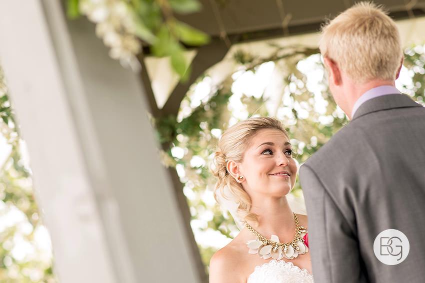 best-Edmonton-rustic-wedding-floral-decor-photographers-kelseydan-04.jpg