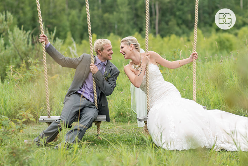 best-Edmonton-rustic-wedding-floral-decor-photographers-kelseydan-12.jpg