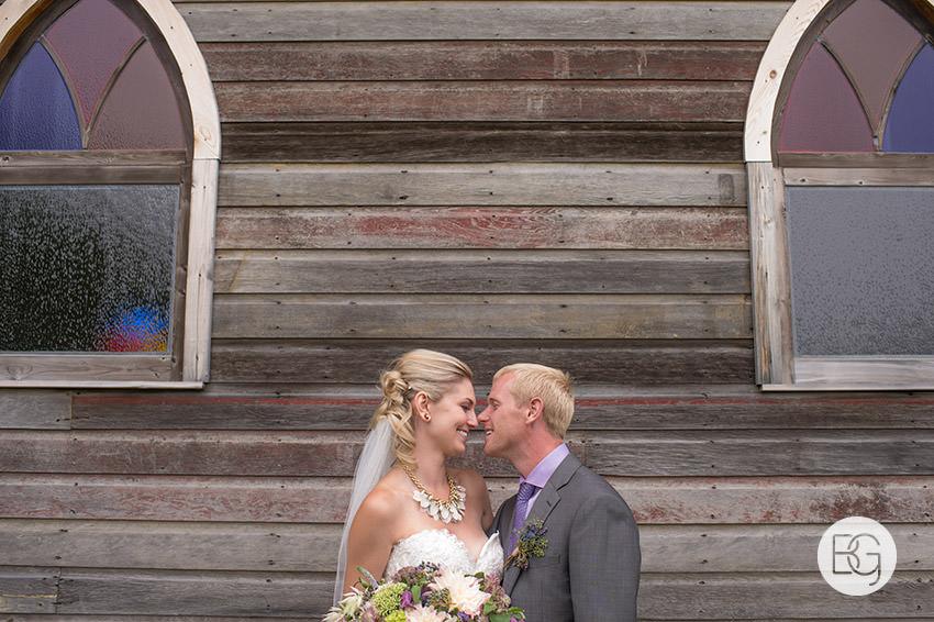 best-Edmonton-rustic-wedding-floral-decor-photographers-kelseydan-18.jpg
