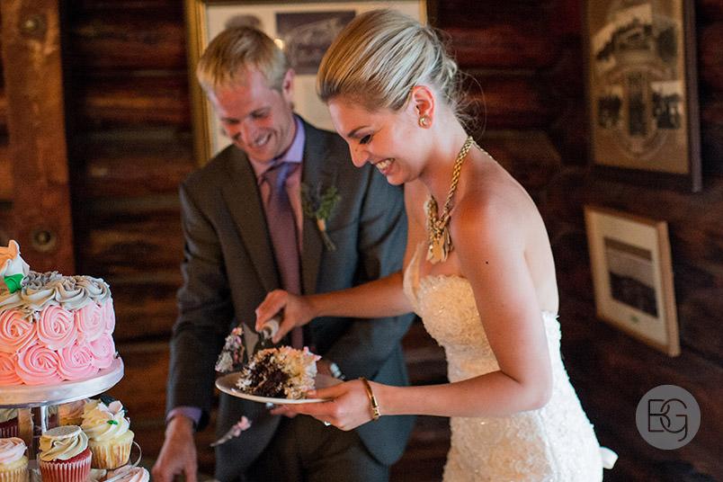 best-Edmonton-rustic-wedding-floral-decor-photographers-kelseydan-20.jpg