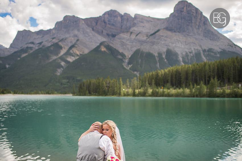 canmore banff wedding photographers lake