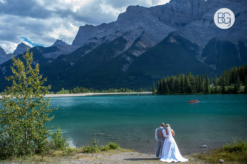 Canmore_wedding_photographers_Michelle_Nathan11.jpg