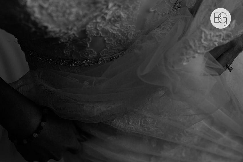 Edmonton-wedding-photographers-art-gallery-of-alberta-aga-basilica-yvonne-chris-03.jpg