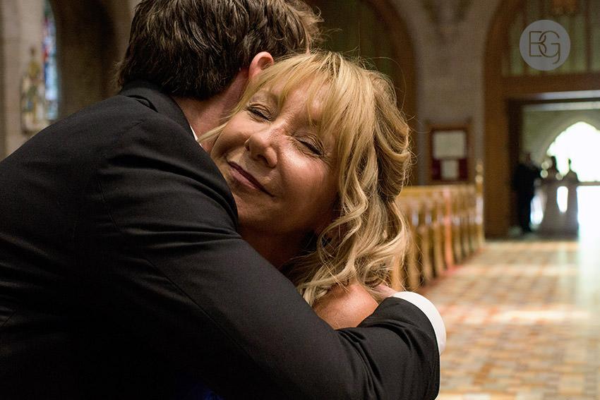Edmonton-wedding-photographers-art-gallery-of-alberta-aga-basilica-yvonne-chris-10.jpg
