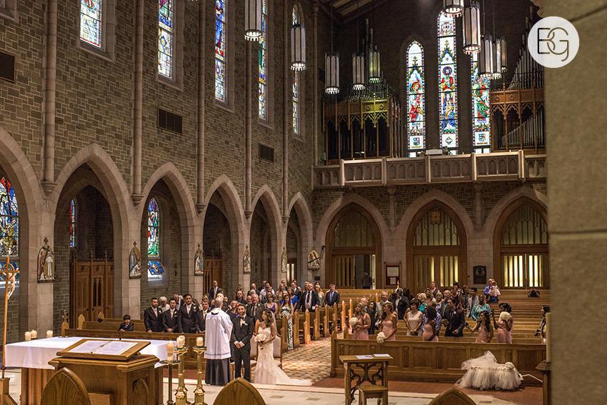 Edmonton-wedding-photographers-art-gallery-of-alberta-aga-basilica-yvonne-chris-13.jpg