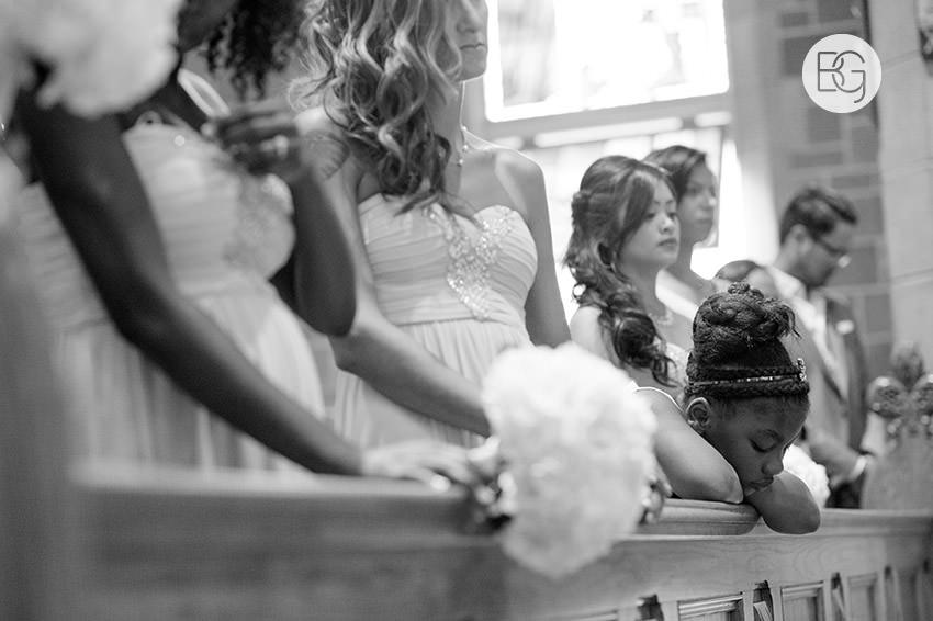Edmonton-wedding-photographers-art-gallery-of-alberta-aga-basilica-yvonne-chris-14.jpg