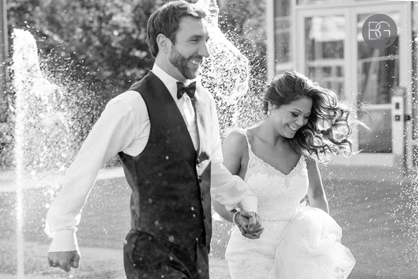 Edmonton-wedding-photographers-art-gallery-of-alberta-aga-basilica-yvonne-chris-21.jpg