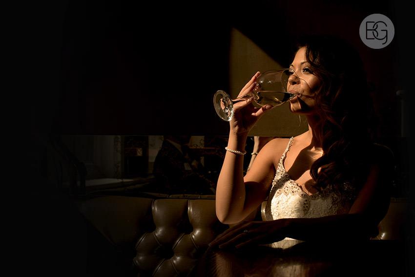 Edmonton-wedding-photographers-art-gallery-of-alberta-aga-basilica-yvonne-chris-24.jpg
