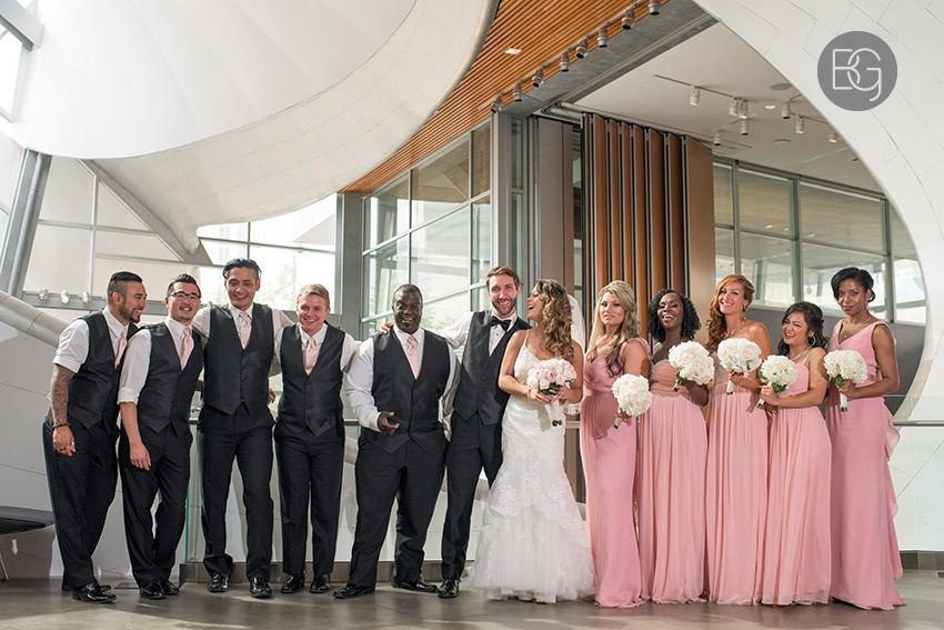 Edmonton-wedding-photographers-art-gallery-of-alberta-aga-basilica-yvonne-chris-26.jpg