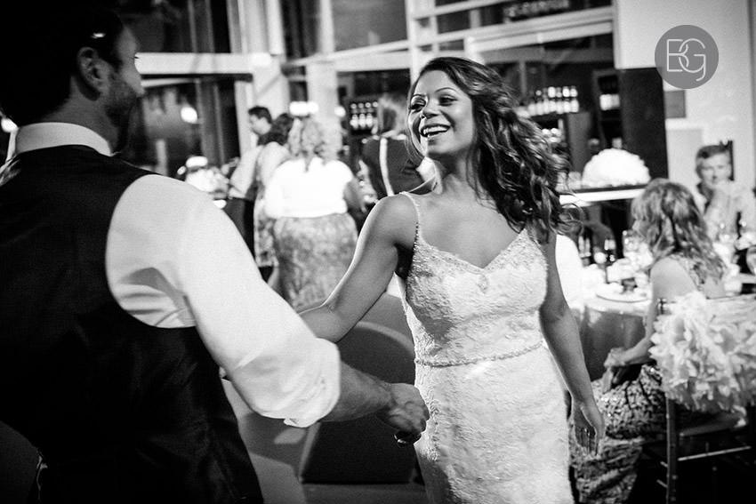 Edmonton-wedding-photographers-art-gallery-of-alberta-aga-basilica-yvonne-chris-31.jpg