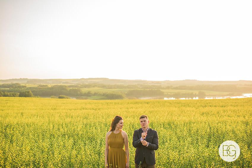 Edmonton_wedding_photographers_engagement_alberta_Katrina_aaron_08.jpg