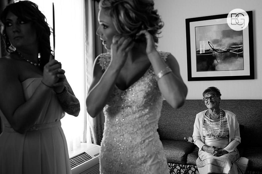 Edmonton_wedding_photographers_Jade_Ben_06.jpg