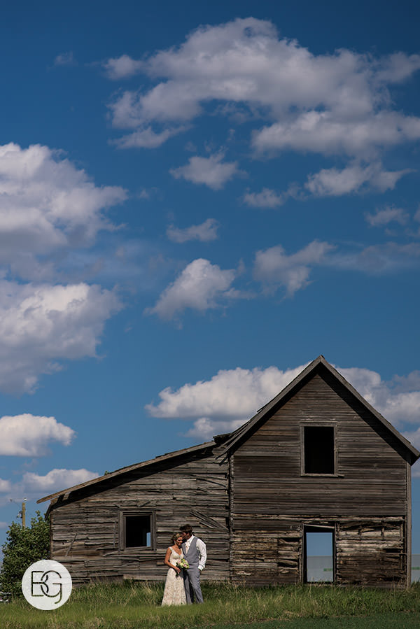 abandoned farm buildings alberta prairies wedding photographers in edmonton wedding venues