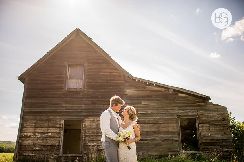 Edmonton_wedding_photographers_Jade_Ben_24.jpg