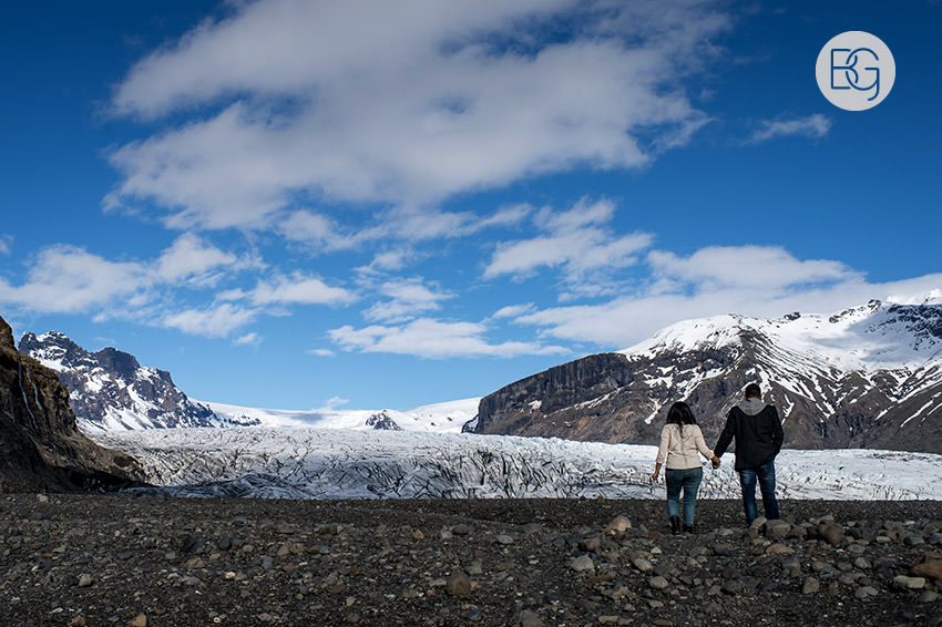 Iceland-wedding-photographers-jokulsarlon-vik-engagement-rajeileen-09.jpg