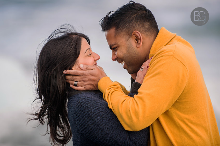 Iceland-wedding-photographers-jokulsarlon-vik-engagement-rajeileen-25.jpg