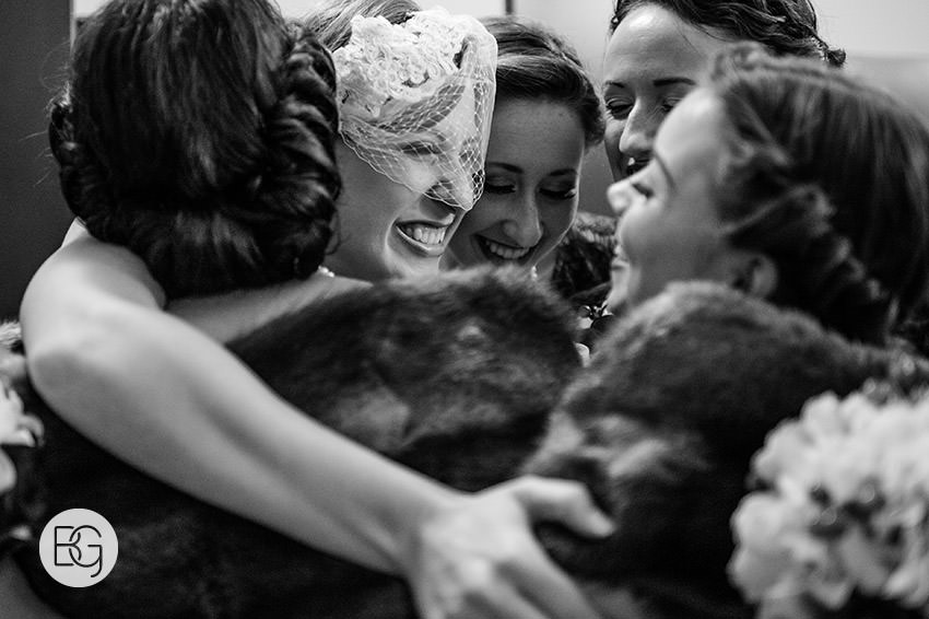Edmonton_Wedding_photographers_winter_fort_edmonton_park_christinapatrick_08.jpg