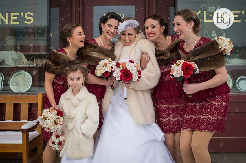 Edmonton_Wedding_photographers_winter_fort_edmonton_park_christinapatrick_18.jpg