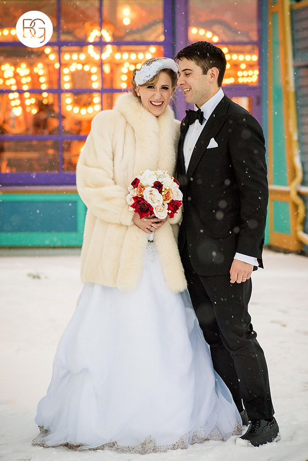 Fort edmonton park winter wedding carousel photos photographers in edmonton