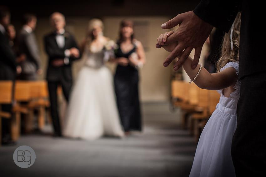 Edmonton-wedding-photographers-christina-caillin-05.jpg