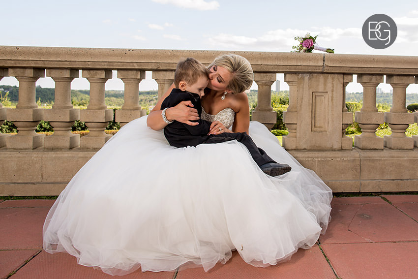 Edmonton-wedding-photographers-christina-caillin-19.jpg