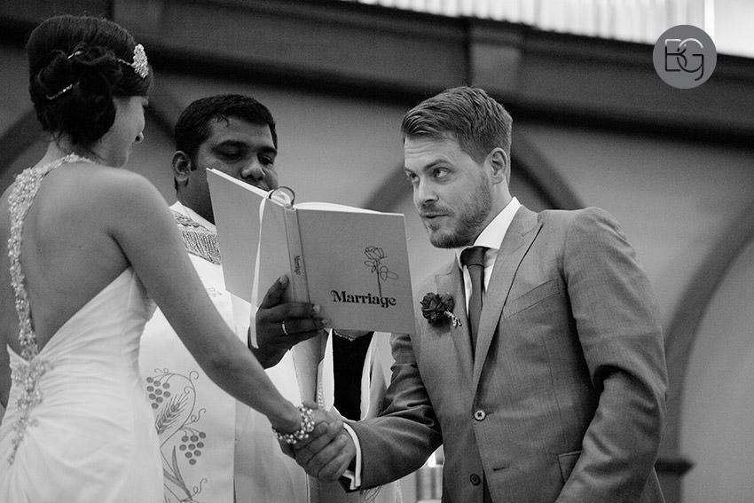 Edmonton_wedding_photographers_helen_rick_13.jpg