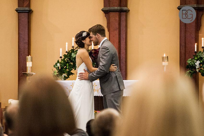 Edmonton_wedding_photographers_helen_rick_14.jpg