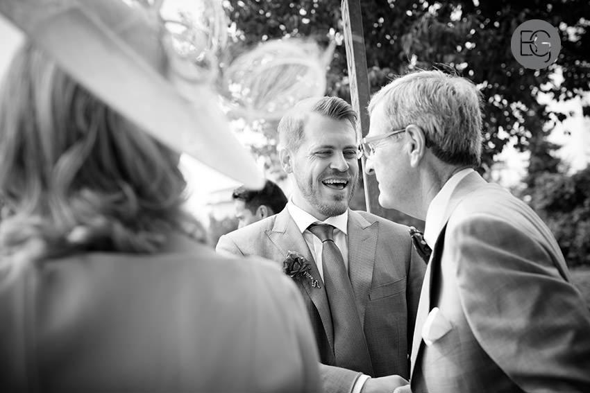 Edmonton_wedding_photographers_helen_rick_18.jpg