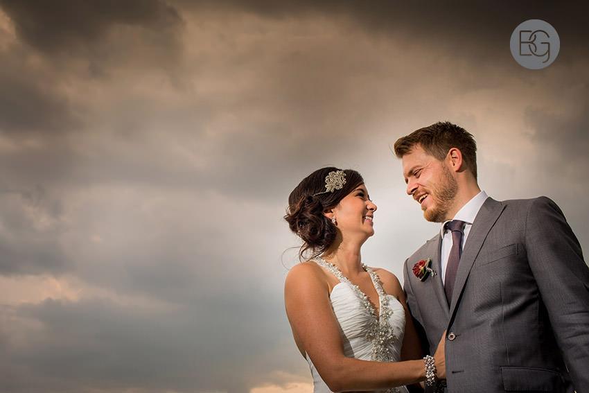Edmonton_wedding_photographers_helen_rick_25.jpg