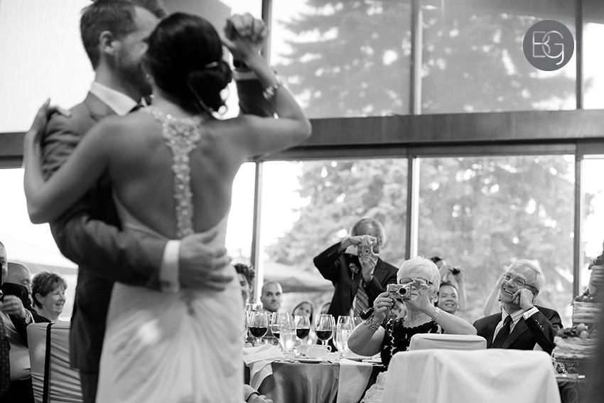 Edmonton_wedding_photographers_helen_rick_29.jpg