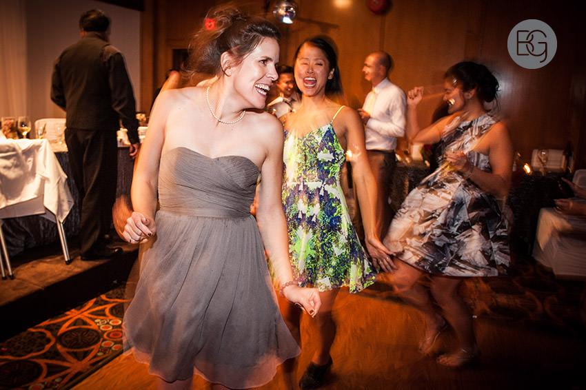 Edmonton_wedding_photographers_helen_rick_39.jpg