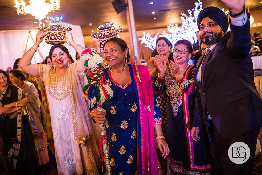 edmonton_Sikh_indian_wedding_photographer_ravneetHarman03.jpg
