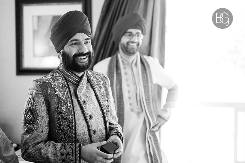 edmonton_Sikh_indian_wedding_photographer_ravneetHarman25.jpg