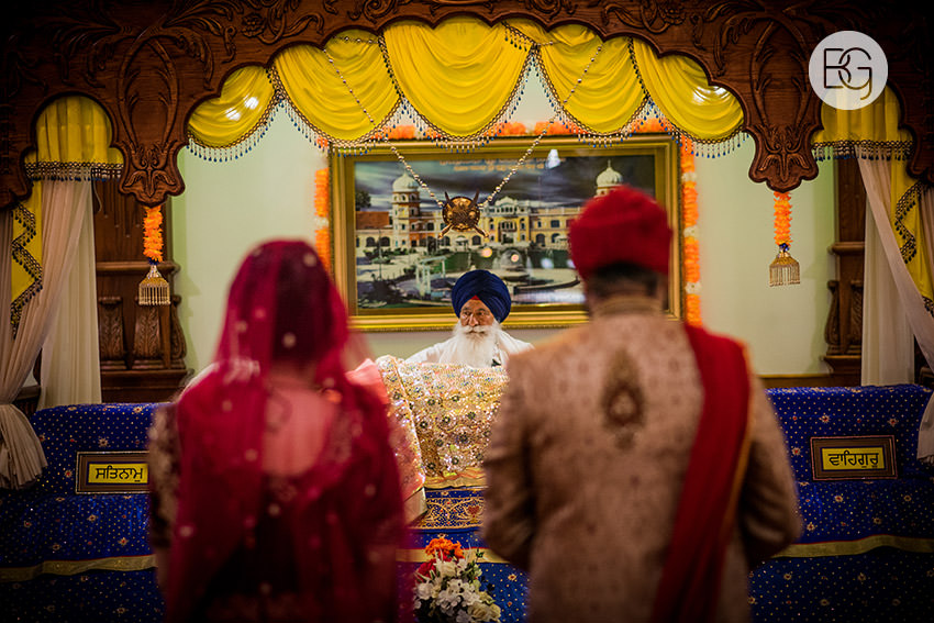 edmonton_Sikh_indian_wedding_photographer_ravneetHarman35.jpg