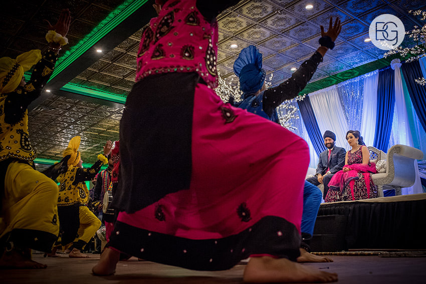edmonton_Sikh_indian_wedding_photographer_ravneetHarman75.jpg