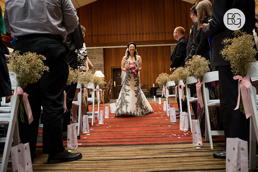 Edmonton-wedding-photographer-jasper-park-lodge-adrienne-ben-06.jpg