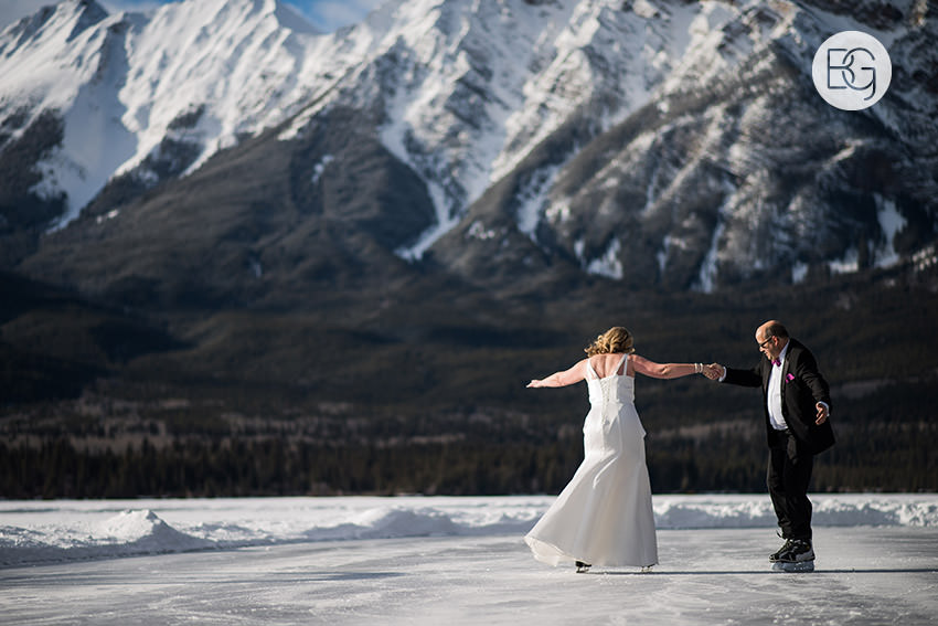 Edmonton_wedding_photographers_Jasper_Park _Lodge_Christel_Kevin18.jpg