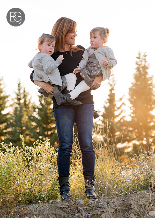 mom and twin daughters sunshine edmonton wedding family portrait