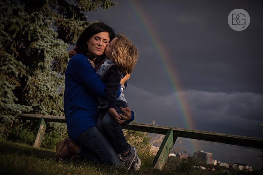 edmonton-family-photographers-rainbow-8.jpg