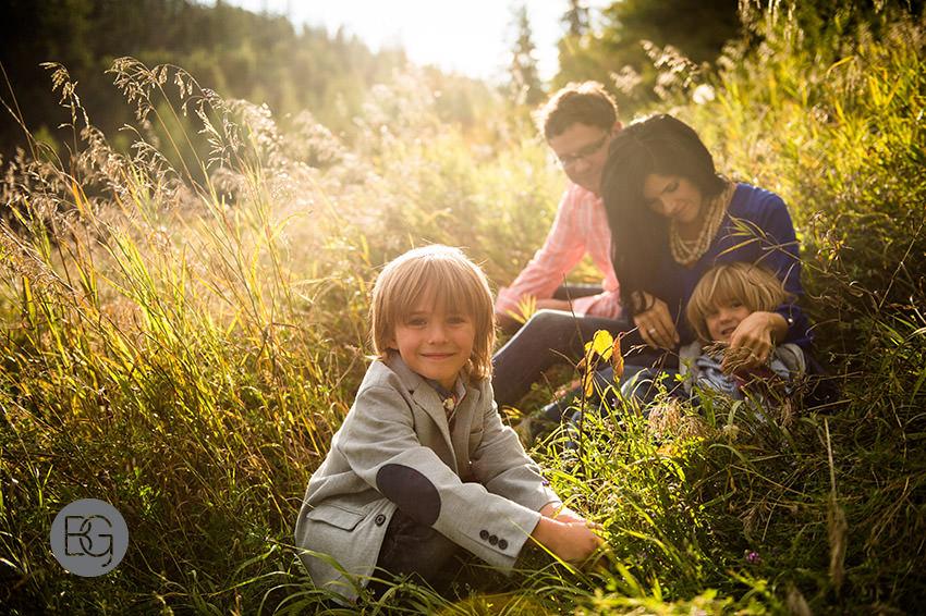 edmonton-family-photographers-rainbow-7.jpg