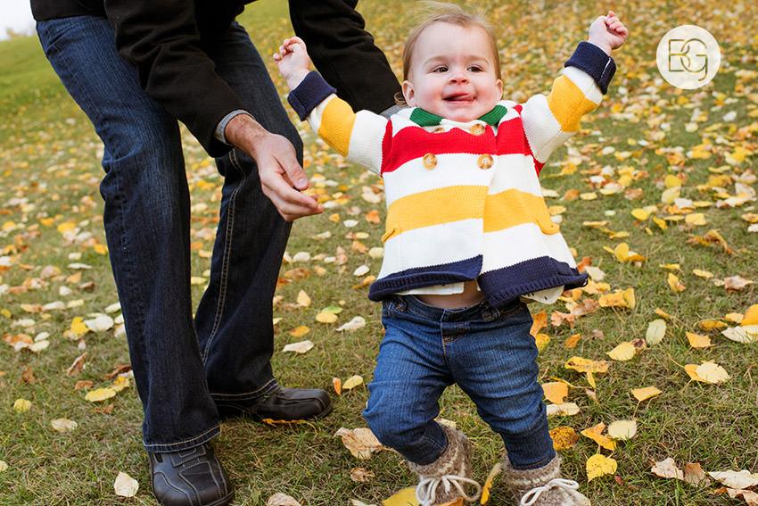 Edmonton-family-photos-autumn-cheeky-matt-03.jpg