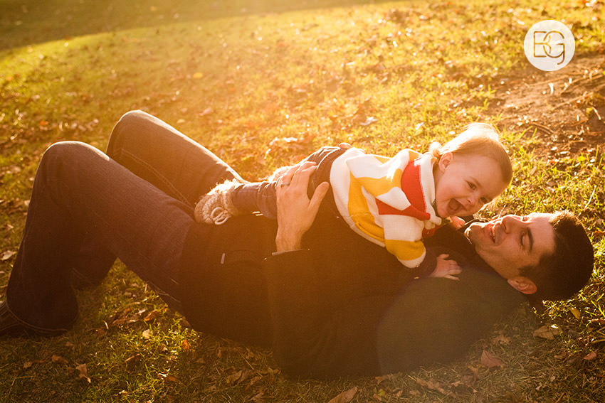 Edmonton-family-photos-autumn-cheeky-matt-07.jpg