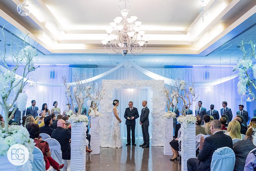 Edmonton-wedding-photographers-calgary-reception-venue-angel-carson03.jpg