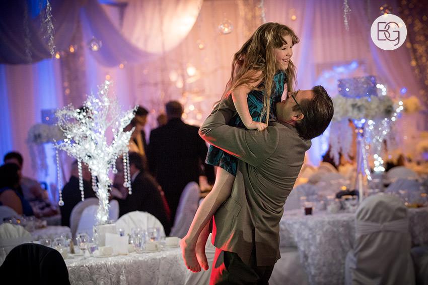 Edmonton-wedding-photographers-calgary-reception-venue-angel-carson25.jpg