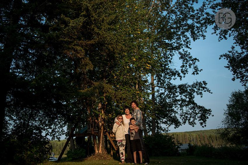 Edmonton_family_photos_shelley_brian_05.jpg